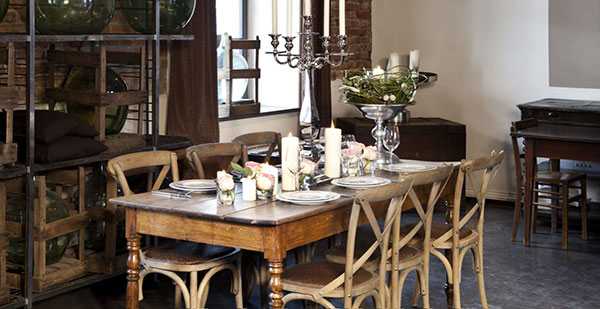 bàn ghế phong cách vintage
