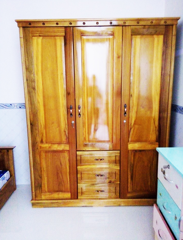 Tủ 3 buồng gỗ dổi