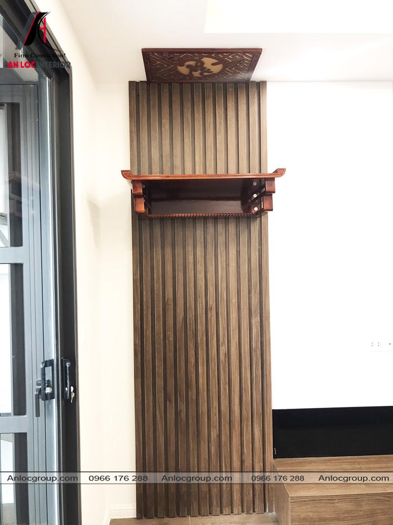 Bàn thờ treo tường tại phòng khách
