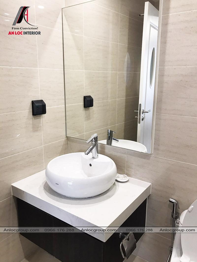 Phòng tắm trong phòng ngủ master