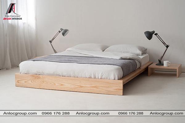 Mẫu giường gỗ thấp theo phong cách tối giản phù hợp với các phòng ngủ diện tích nhỏ
