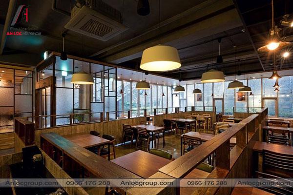 Mẫu 2 - Nhà hàng sử dụng nội thất gỗ với cách bố trí nội thất tinh tế