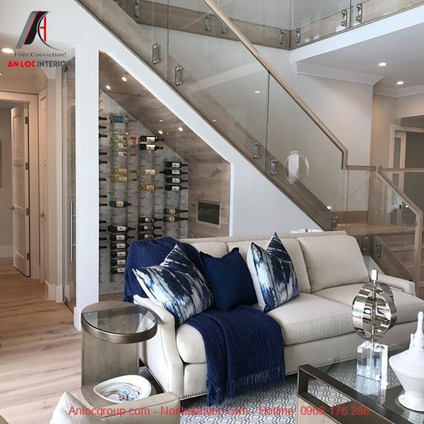 Mẫu 5 - Tận dụng gầm cầu thang phòng khách làm tủ rượu
