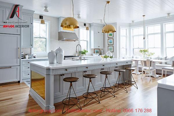 Không nên đặt phòng bếp đối diện nhà vệ sinh mà nên để bếp hướng ra ngoài