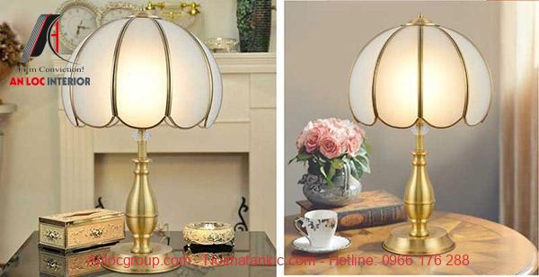 Đèn chụp với ánh sáng được lan tỏa rộng rãi, mang đến không gian nghỉ dưỡng ấn tượng