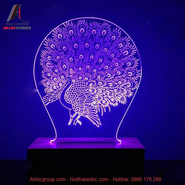 Thiết kế đèn ngủ với hình chim công vừa chiếu sáng vừa đạt hiệu quả thẩm mỹ