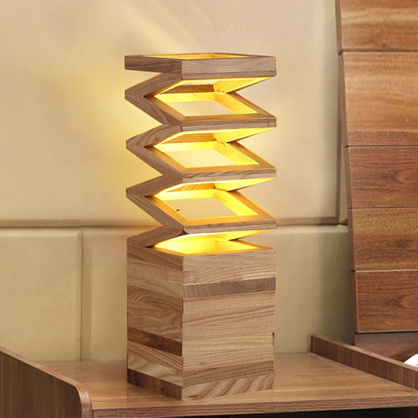 Đèn để bàn có thiết kế mới lạ, tạo điểm nhấn cho căn phòng