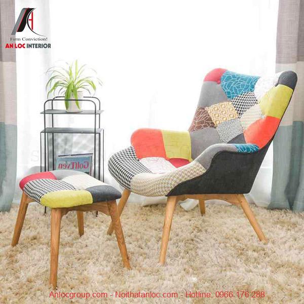 Mẫu 6: Chất liệu ghế kết hopwj hài hòa với màu sắc tạo nên vật dụng trang trí ấn tượng