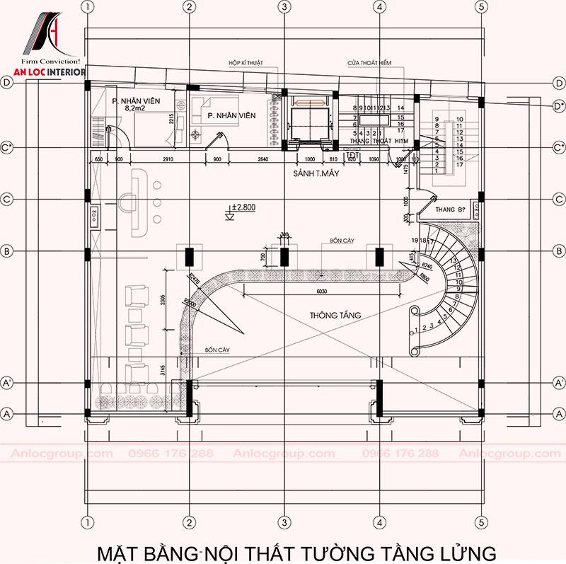 Tầng lửng được phân chia hành khu vực hoạt động của nhân viên và các thiết bị phục vụ nhu cầu của du khách