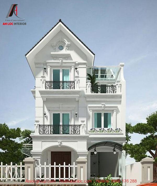 Sơn trắng kết hợp lan can đen tạo sự tương phản ấn tượng của mẫu nhà 3 tầng mái thái