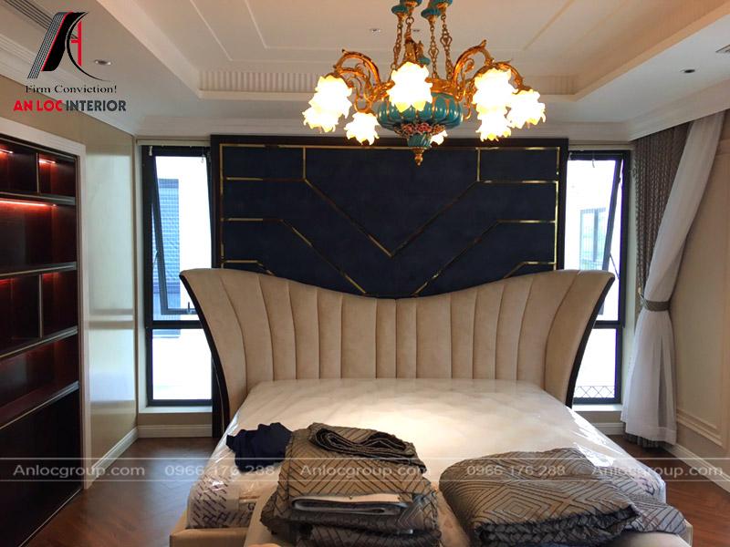 Giường ngủ đơn giản mà cao cấp