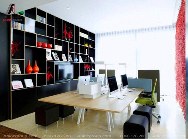 Mẫu 17 - Văn phòng công ty nhỏ nhưng không kém phần sang trọng