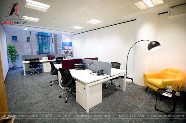 Mẫu 30 - Sofa nhỏ là nơi tiếp khách lý tưởng cho văn phòng nhỏ