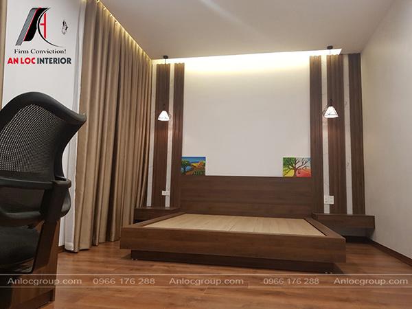 Nội thất phòng ngủ master với tông màu đồng nhất với khách, bếp