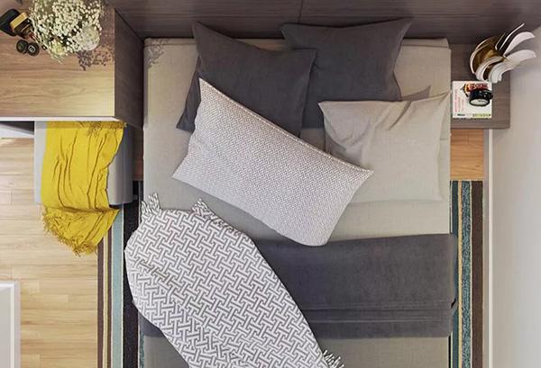 Màu sắc và họa tiết trên ga trải giường hài hòa với đô nội thất phòng