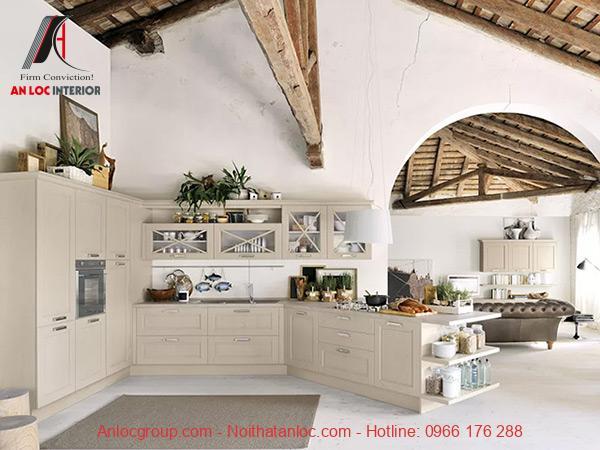 Mẫu 24: Tủ bếp kết hợp kính ấn tượng, độc đáo