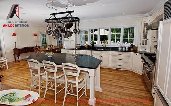 Mẫu 25: Không gian nấu nướng thoáng đãng hạn chế mùi nấu nướng