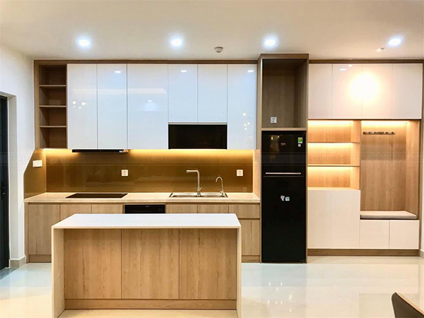 Mẫu 26: Thiết kế tủ bếp với bàn đảo mang đến không gian nấu nướng tiện nghi