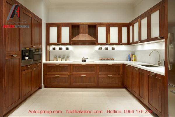 Tủ bếp chữ U gỗ tự nhiên