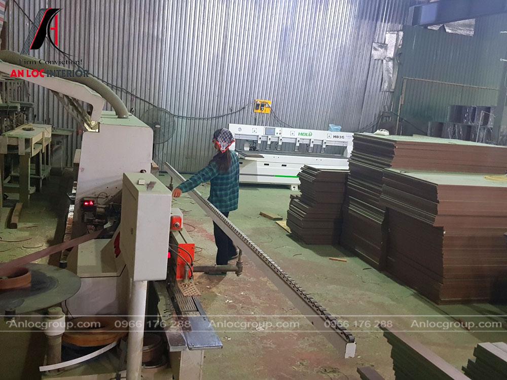 xưởng gỗ công nghiệp